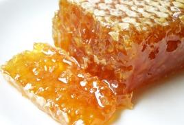 Мёд. Питательные и лечебные свойства.